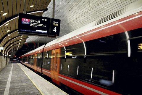 Høyere punktlighet: Litt drahjelp av koronaen og færre passasjerer til tross. Det er hyggelig med høye punktlighetstall. Foto: Pål Nordby