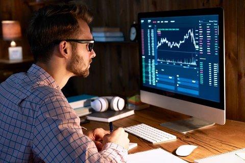 Skattemeldingen: – I disse dager rapporterer flere tusen personer at de eier eller har solgt kryptovaluta i 2020. Det er også over tusen som har korrigert skattemeldinger for tidligere år slik at de nå betaler riktig skatt, opplyser Skatteetaten. Foto: Shutterstock