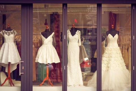 Nedgang: Pandemien førte til en kraftig nedgang i antall inngåtte ekteskap i Norge i fjor. Men i Holmestrand var giftelysten like stor som året før. Illustrasjonsfoto