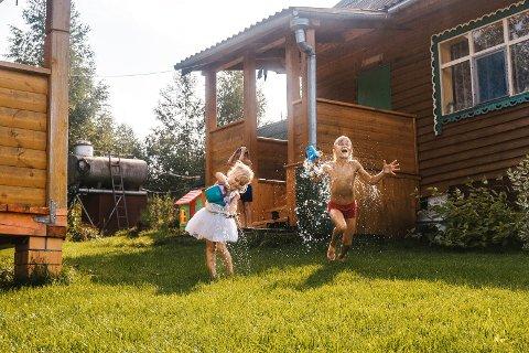 HYTTEMORO: Det var mange som kjøpte hytte i løpet av koronaåret 2020. Antall salg steg betraktelig i Norge i fjor. Illustrasjonsfoto