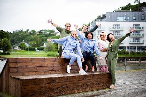 GLEDER SEG: Hilde Gunnestad, Nina Fjeldhaug, Beate Håvet, Anette Narverud, Martine Andrea Gunnestad og Mona Steenberg Gran blir nye drivere av Holmestrand Fjordhotell. Hotellet gjenåpnes førtkommende lørdag med midtsommerkonsert.