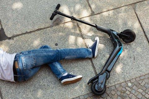 Ulykkesutsatt: Med over 20.000 elsparkesykler i hovedstaden blir det også mer ulykkesutsatt. Et forbud mot å kjøre på fortau heller stadig flere mot. Foto: Tryg Forsikring