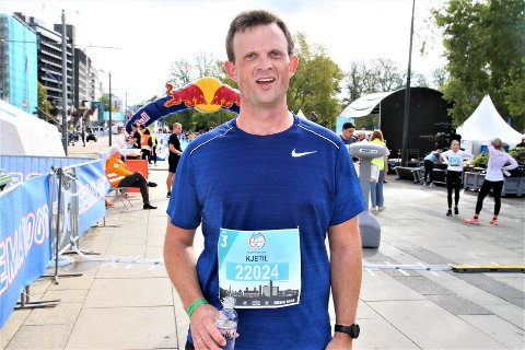 FORBEDRET SEG: Kjetil Vange forbedret seg mye i Oslo Maraton og ser frem til nye utfordringer på løpsfronten fremover. Foto: Svein Halvor Moe
