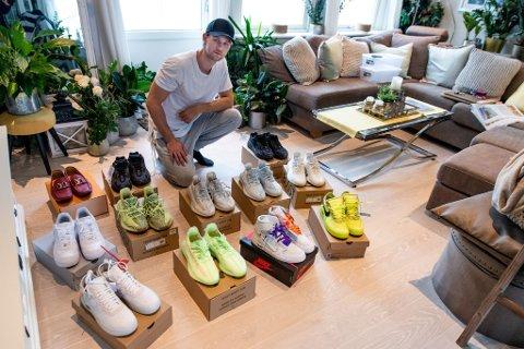 EKSKLUSIV SAMLING: Victor Sørum tjener penger på å importere sneakers som nesten ikke er mulig å få tak i. Han har rundt 17 par som han nå skal selge ut på markedet.