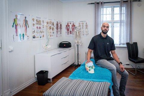 – BEVEGELSE VIKTIGERE ENN TRENING: Osteopat Daniel Borgård poengterer at det er viktigere å redusere den såkalte statiske belastningen som oppstår når du sitter stille, enn å trene masse.