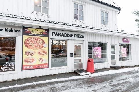 KAN BLI STENGT: Paradise pizza AS i Trondheimsvegen på Jessheim risikerer å bli stengt av Arbeidstilsynet.