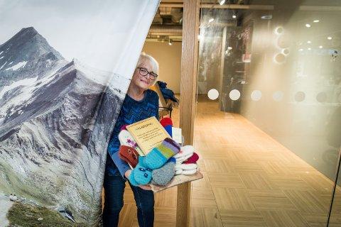 ÅPNER DØRENE PÅ NY: Kathrine Grønneberg, er spent før åpningen av Julebutikken i dag. Hele 44 produsenter har bidratt til vareutvalget.