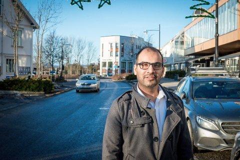 SIER NEI: Gruppeleder i Ullensaker SV, Mahmod Ahmad, forbeholder seg retten til å ikke laste ned den nye smittestopp-appen på grunn av personvern.