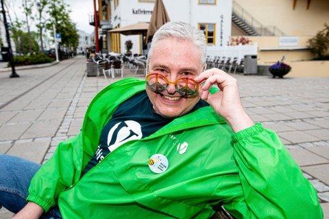 ÅPNER OPP: Med støtte fra fylkeslaget FRI Oslo og Viken bygger styret i Jessheim Pride, blant annet bestående av politiker og Pride-pappa Stein Vegar Leidal, ny festival på Jessheim i sommer.