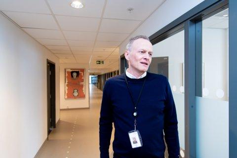 TAR FORHOLDSREGLER: Rektor ved Jessheim vgs, Christian Andresen.