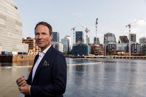 HÅPER PÅ FORTGANG: Administrerende direktør i Oslo Airport City, Thor Thoeneie, mener Ullensaker kan trekke til seg 10.000 arbeidsplasser innen ulike virksomhetsområder og håper på fortgang og få innsigelser fra fylket i reguleringsplanen for den nye næringsportalen.