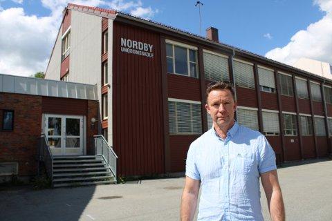 TRAPPER OPP: Kommunaldirektør for skole og oppvekst i Ullensaker kommune Yngve Rønning har sendt brev til alle foreldre i skoler og barnehager i Ullensaker kommune.