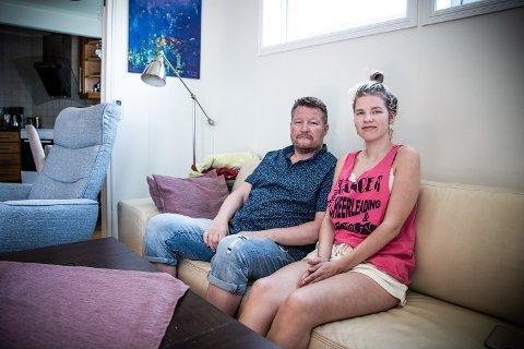 VIL HA SVAR: Pål Nordby ønsker at datteren Mona skal etablere seg, men mener det skjer lite fra kommunens side.