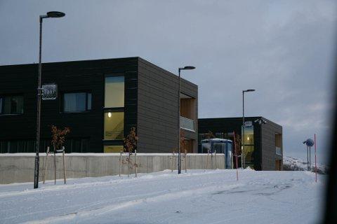 BEKYMRET: De ansatte ved intensivavdelingen ved nye Kirkenes sykehus er bekymret og har sendt brev til Fylkeslegen i Finnmark.