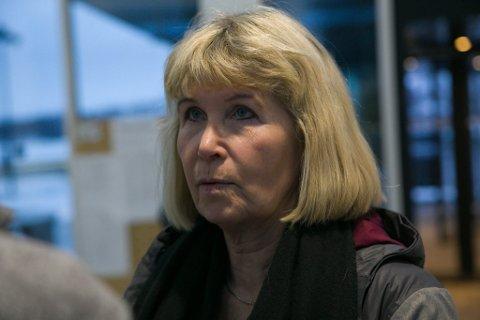 BEKYMRET: Foretakstillitsvalgt Kicki Eriksson Nytun for Norsk sykepleierforbund ved Kirkenes sykehus, støtter alle de som har sendt bekymringsmeldinger om sykehuset.