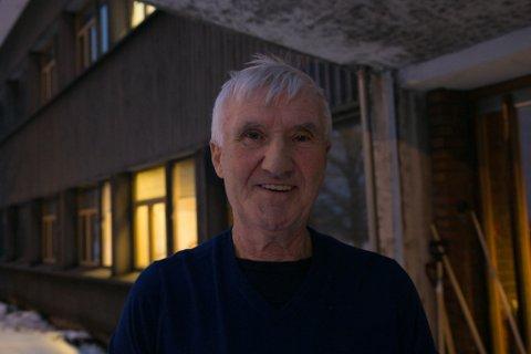 STASJONSMANN: Freid Martin Sæther har nå gitt navnet til Lokstallen, eller Sæther stasjon som den heter nå.