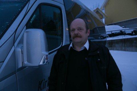 GRATISTUR: Geir Johnny Berg kjørte årets gratistur fra Kirkenes til kirkegården på Sandnes.