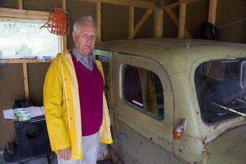 MISTET VEI: Knut Rasmussen mistet veien til hytta si på Tårnet i Jarfjord.