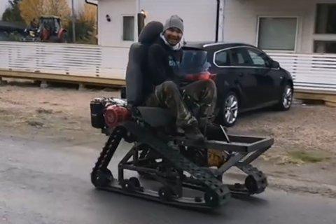 REODOR FELGEN: Ruechanon Sutkrathok (30) lagde like godt sin egen beltedrevet vogn.
