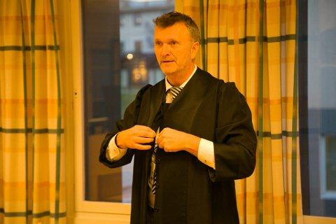 FORSVARER: Tiltaltes forsvarer, Tom Barth-Hofstad.