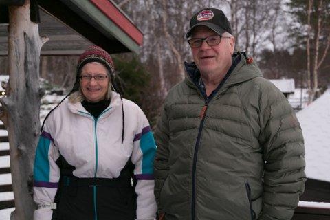 STILLE: Anne-Lise og Thormod Hoel på Nordmo gård har det stille nå. De tar gjerne i mot demente igjen på gården etter nyttår.