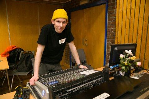 LEDERJOBB: NÅ er han ikke bare bærehjelp i Musikkgarasjen. Matvey Shchetnev er blitt daglig leder.