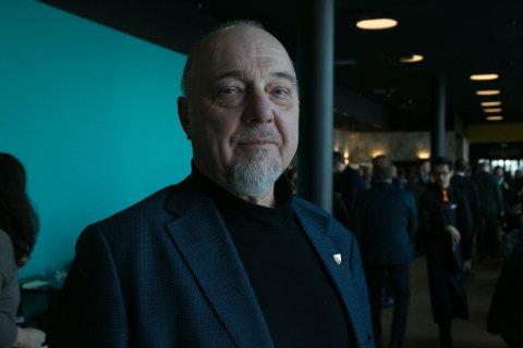 KRITIKK: Ordfører Rune Gjertin Rafaelsen i Sør-Varanger kommune har måttet tåle kritikk etter at det ble kjent at kommunen bruker et annet kraftselskap enn Varanger Kraft.