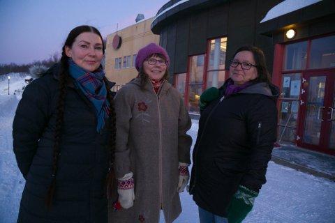 MINNEBAUTA: Liv-Astrid Kvammen, Marit Siiri og Marianne Madvig Hansen i Min Árbe og Samisk kulturforening jobber for å få til en minnesbauta over polfarerne Ole Must og Per Savio.