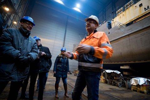 ALVORLIG: Kimek er i en dyp alvorlig krise, som næringslivet ellers, sier administrerende direktør i skipsverftet, Greger Mannsverk.