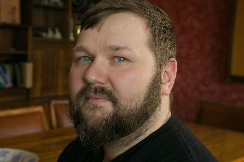 TRIST: Jan-Einar Johansen er trist for at de måtte slå restaurant Surf And Turf, hans livsverk, konkurs.