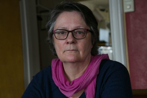 PENSJONIST: Erna Bakken er 68 år og pensjonist, men følger godt med hvordan det går i barnevernet fortsatt.