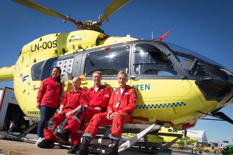 BEREDSKAP: Her er gjengen som skal hjelpe oss om vi trenger det. Fra høyre: Bjarte Ellingsen, Asle Stenseter, Thomas Wilson og Nina Brå.