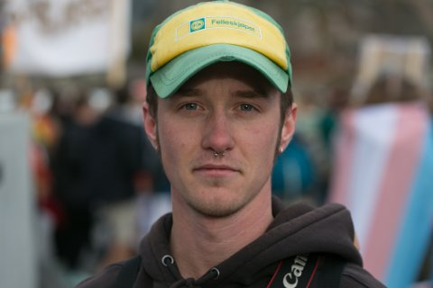 FØLER SEG FULLT OG HELT SOM  GUTT: Daniel Nordengen (24) går på jakt- og fiskelinja ved Pasvik Folkehøgskole. Han forteller at han har valgt å være helt åpen om at han født i feil kropp.