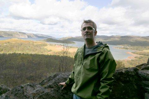 NERVØS: Trond Konrad Olsen har rett som det er gått med hjertet i halsen på sine fjellturer i Tamasjokfjellet.