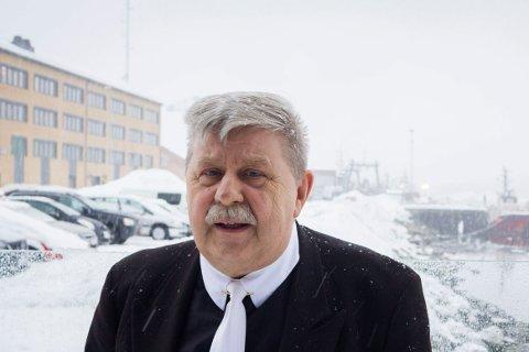 TAR OPP: Kommunestyrerepresentant Staal Nilsen (Frp) vil ta opp saken for støttekontaktene i kommunestyret. Når han ikke fram kan det bli rettssak.