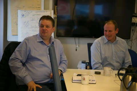 AP: Stortingsrepresentant Runar Sjåstad fra Ap og regionleder Bjørn Johansen i LO i Troms oig Finnmark.