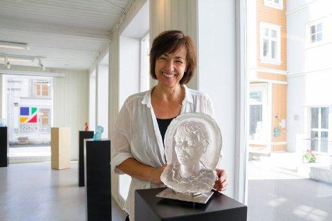 Utstilling: Tone Ørvik åpnet utstilling i Kunstforeningen i dag.