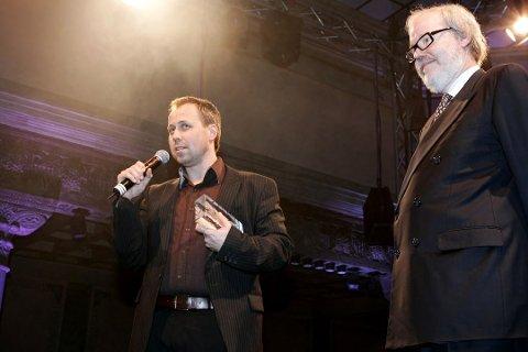 Filmfotograf Odd Reinhardt Nicolaysen vant pris for beste dramafoto under utdelingen av Gullrutens fagpriser. Bildet er fra Kanonprisutdelingen i 2006. (Foto: Gorm Kallestad / SCANPIX .)