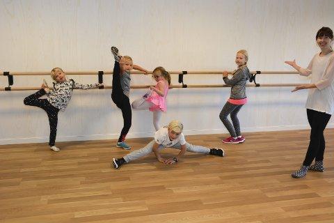 Håper: Instruktør og leder av Kragerø dansestudio Eline Hansen håper flere vil ta dansetrinn utover høsten.