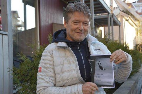 Ny bok: Per Apelseth gir ut en hyllest mellom to permer til Kragerø, selv om boka har den underfundige tittelen «Tarzan etter Jane».