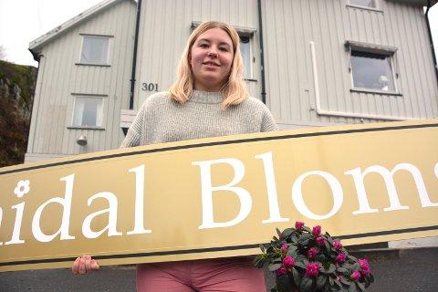 Gleder seg: Malin Lund Høgbråt ser fram til å åpne Sannidal Blomster i de gamle lokalene til Sannidal Landhandel. Med seg får hun også Sigbjørn Baann og Ann Kristin Refsalen på eiersiden.