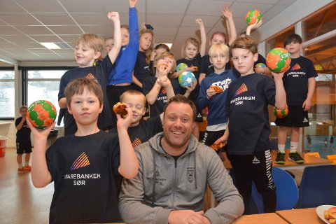 I Kragerøhallen blir det håndballskole mandag, tirsdag og onsdag.