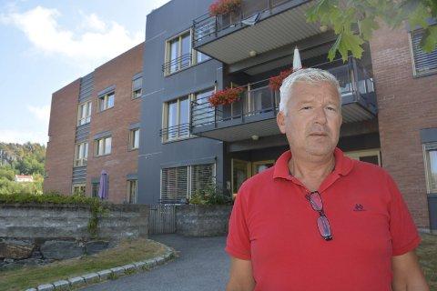 Omkamp: Ordfører Jone Blikra har brukt sommerfullmakten til å stoppe underskrivingen av kontrakten med Matvarehuset AS, om levering av varmmat til Marienlyst sykehjem.