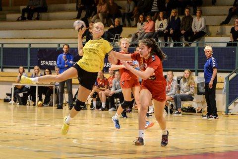 Maja Furu Sæteren gir seg aldri, mot Gulset scoret hun 10 mål.
