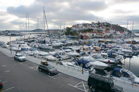 Parkeringsplassene på Barthebrygga blir sperret av fra torsdag til søndag i forbindelse med avviklingen av Kragerøfest.