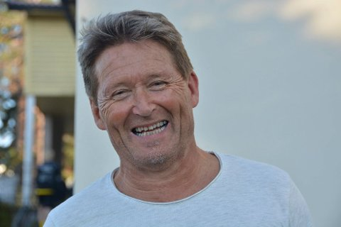 UTSETTER: Daglig leder i KIF fotball, Per Apelseth forteller at gruppen utsetter treningsstart etter at nye smitteverntiltak er innført i første omgang for de neste fjorten dagene.