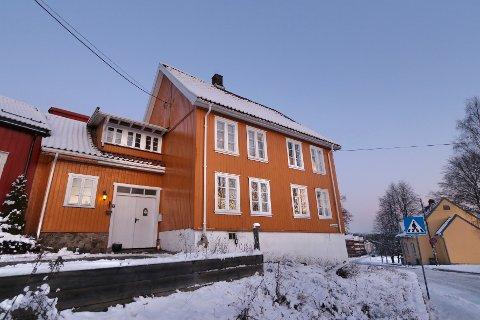 Dagens eiere forteller at det er med tungt hjerte at huset er lagt ut for salg.