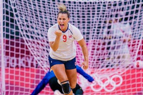 KV sender blant annet fra kvinnenes toppdivisjon i håndball, der blant andre Vipers-spilleren Nora er blant stjernene.