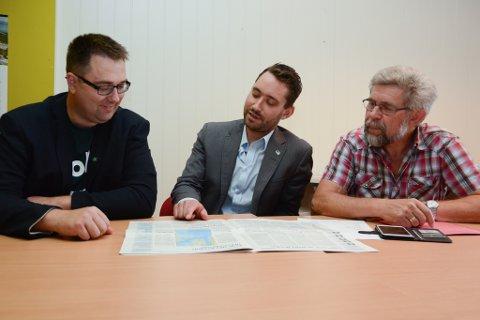 Kent Are Kjørsvik Petterson (V), Peder Sjo Slettebø (H) og Otto Benjaminson (KrF) ønskjer å samarbeida.