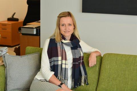 Næringssjef Silvia Tofte i Kvinnherad Næringsservice tilbyr for tida gründerhjelp til 18 gründerar, men ønskjer seg endå fleire. – No er tida for å satsa på gründeren i magen, seier ho.